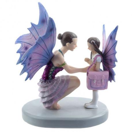 Figurines de collection Maman et Petite Fille Fée prêtes pour l'école.