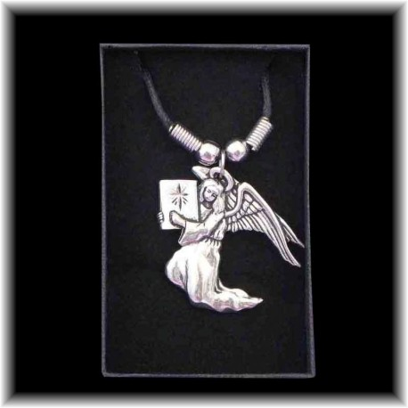 Bijou pendentif Archange Uriel