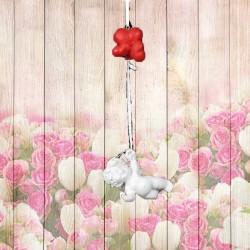 decoration ange à suspendre avec des coeurs