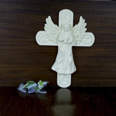 Figurine Ange sur une croix à accrocher